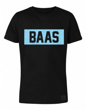 kids-shirt-zwart-baas-blauw-555x710